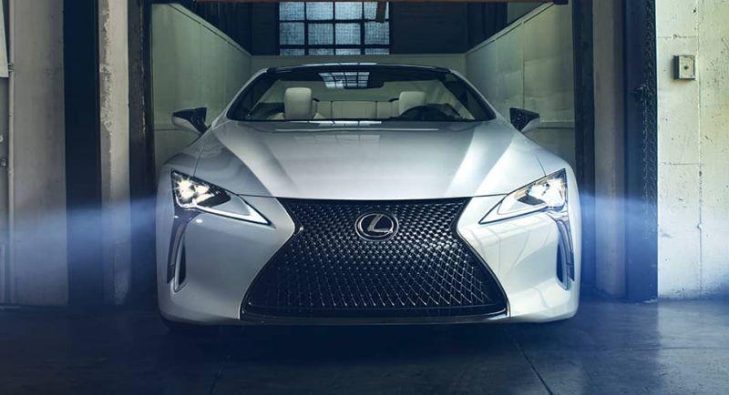 https: img.okezone.com content 2020 10 06 52 2289071 lexus-produksi-mobil-listrik-pertamanya-vzSoGQXgcS.jpg