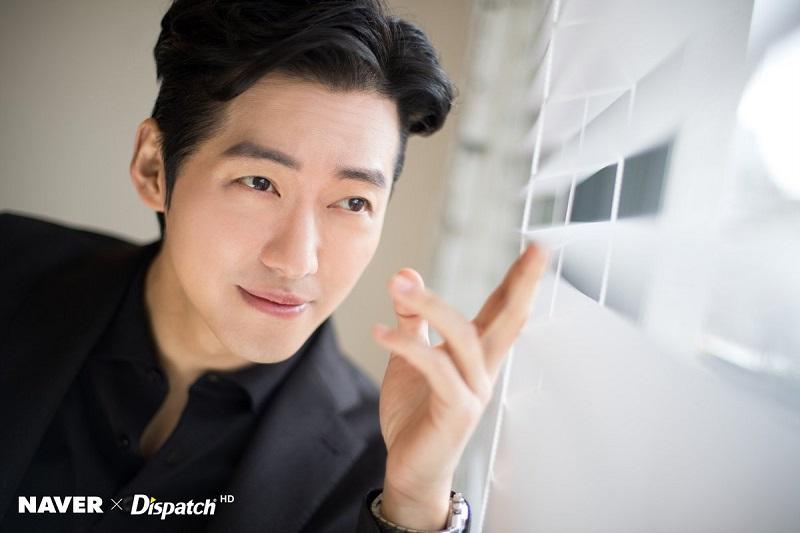 https: img.okezone.com content 2020 10 06 598 2289363 drama-baru-namgoong-min-tayang-di-tvn-akhir-november-QN3kQ4yMwd.jpg