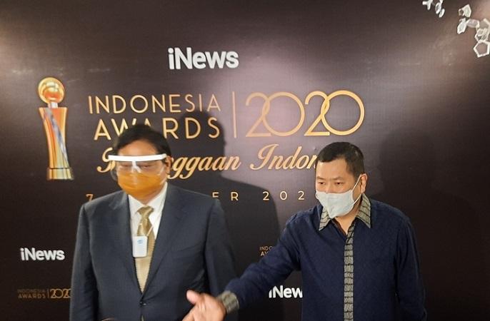 https: img.okezone.com content 2020 10 07 337 2290137 gelar-indonesia-awards-2020-ini-komentar-hary-tanoe-V3tI6FJLux.jpg
