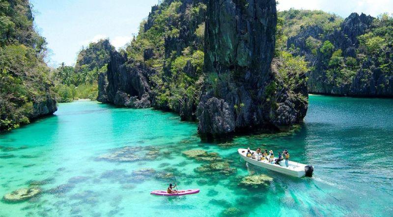 https: img.okezone.com content 2020 10 07 408 2290023 7-destinasi-wisata-kepulauan-terbaik-di-asia-nomor-3-indonesia-punya-Ybl8VYf1YV.jpg