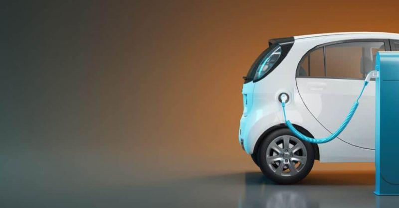 https: img.okezone.com content 2020 10 07 52 2289812 mobil-listrik-bisa-jadi-kendaraan-dinas-pemerintah-tahun-depan-fneTqNpIcs.jpg