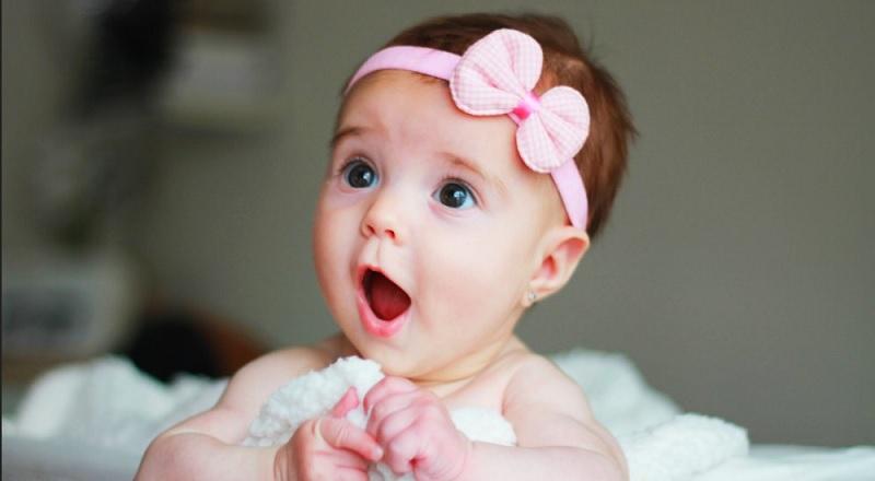 https: img.okezone.com content 2020 10 08 612 2290671 11-inspirasi-nama-bayi-perempuan-maknanya-baik-oGM080LBeH.jpg