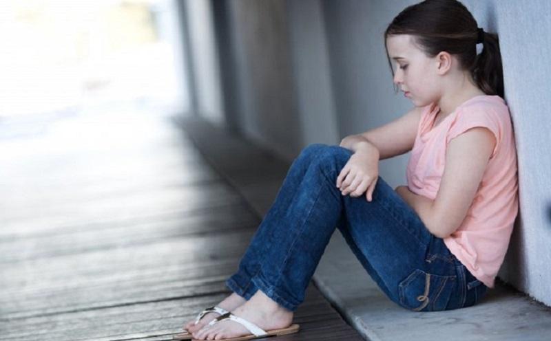 https: img.okezone.com content 2020 10 09 481 2291054 efek-pandemi-anak-anak-kesepian-hingga-depresi-lc9pq9crJm.jpg