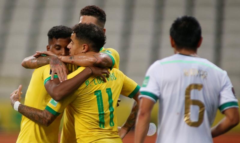 https: img.okezone.com content 2020 10 10 51 2291453 menang-5-0-brasil-pesta-gol-ke-gawang-bolivia-JAYy3iEbhu.jpg
