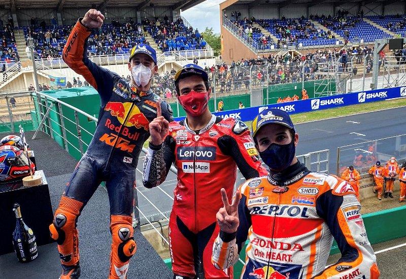 https: img.okezone.com content 2020 10 12 38 2292346 motogp-2020-kian-menarik-ada-7-pembalap-berbeda-dari-9-race-uVqLSJaUvR.jpg