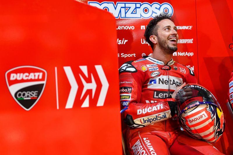 https: img.okezone.com content 2020 10 12 38 2292590 dovizioso-kembali-bersemangat-kejar-gelar-juara-motogp-2020-LIuLY8mQX2.jpg