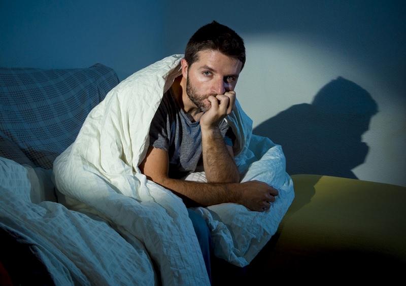 https: img.okezone.com content 2020 10 12 481 2292242 kenali-coronasomnia-gangguan-tidur-akibat-pandemi-virus-corona-bE1pKLaeYb.jpg