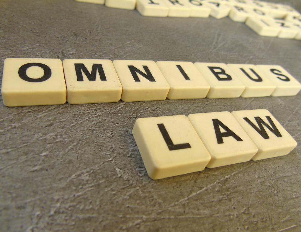 Latar Belakang Omnibus Law Ruu Cipta Kerja