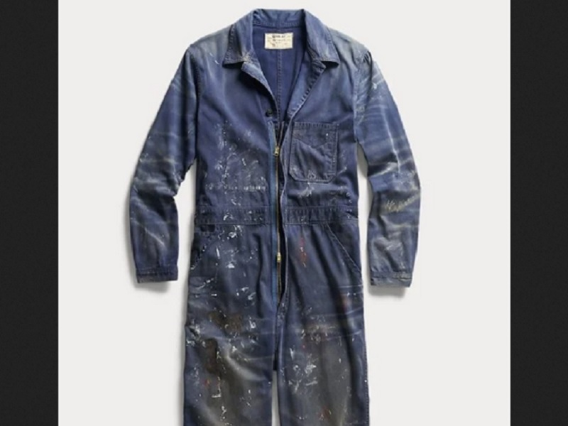 https: img.okezone.com content 2020 10 14 194 2293727 jual-baju-motif-percikan-cat-brand-fashion-ini-diejek-netizen-srfy2qzbkk.jpg