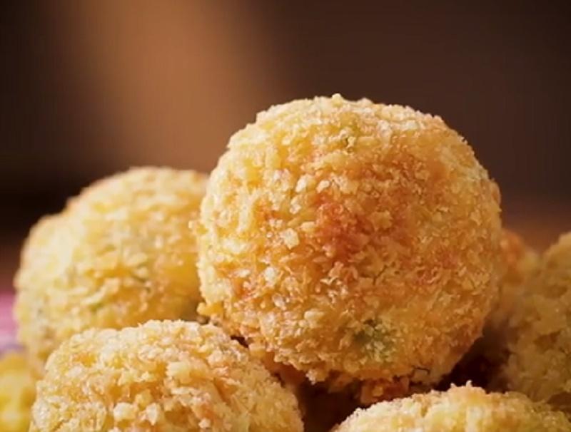 https: img.okezone.com content 2020 10 14 298 2293591 intip-cara-bikin-hidangan-lezat-bola-tahu-udang-B9NYFeak8L.jpg