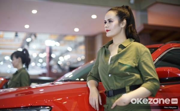 https: img.okezone.com content 2020 10 14 320 2293496 industri-otomotif-lesu-aturan-pajak-mobil-0-mendesak-UR4jXvZl64.jpg