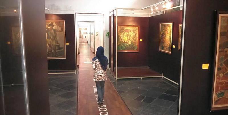 https: img.okezone.com content 2020 10 14 408 2293346 psbb-transisi-20-museum-dan-gedung-pertunjukan-di-jakarta-kembali-dibuka-RLS7kgy3aw.jpg