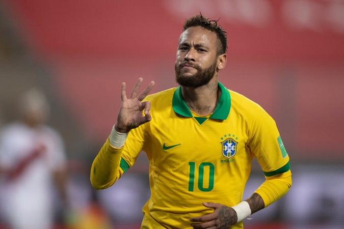 https: img.okezone.com content 2020 10 14 51 2293333 cetak-hattrick-di-laga-peru-vs-brasil-neymar-jr-top-skor-kualifikasi-piala-dunia-2022-1yhBGn9Ic7.jpg