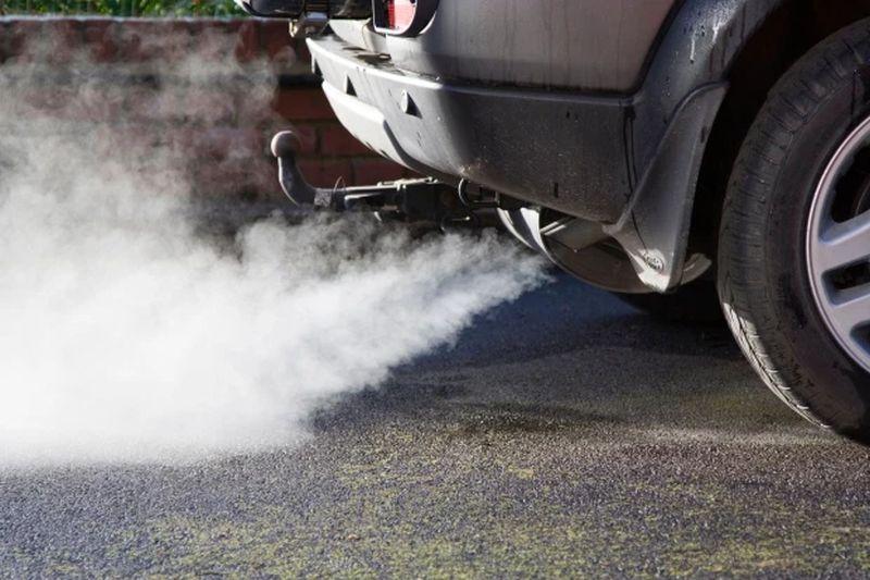 https: img.okezone.com content 2020 10 14 52 2293465 masuk-kota-ini-mobil-bensin-dan-diesel-wajib-bayar-rp150-000-bMfpjmchGB.jpg