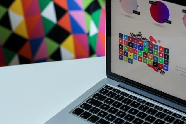 https: img.okezone.com content 2020 10 15 16 2294243 butuh-laptop-untuk-desain-grafis-perhatikan-4-hal-ini-Ih9T8ujI27.jpg