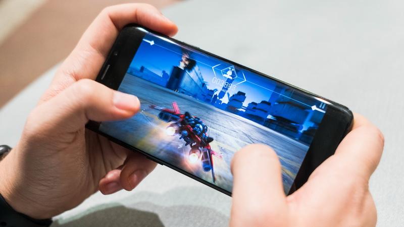 https: img.okezone.com content 2020 10 15 16 2294304 ceo-rrq-sebut-pendidikan-dan-game-bisa-berjalan-bersamaan-k8DltBhMz2.jpg