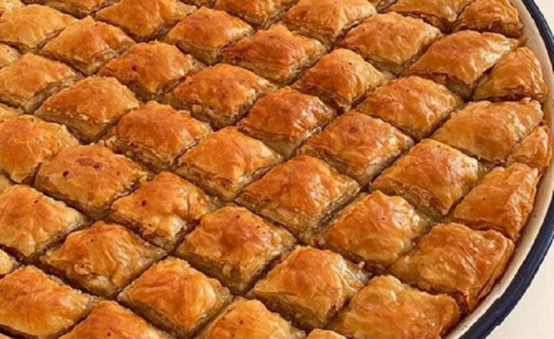 https: img.okezone.com content 2020 10 15 298 2293887 kangen-makanan-turki-bikin-baklava-kenari-yuk-dijamin-ketagihan-ToqoHldaJN.jpg