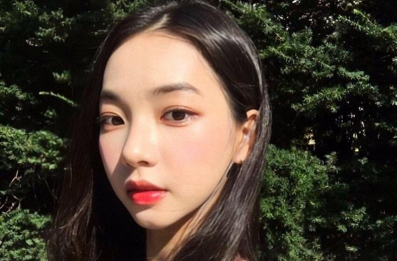 https: img.okezone.com content 2020 10 15 33 2294134 sm-entertainment-polisikan-netizen-yang-sebar-rumor-soal-trainee-yoo-jimin-vAn1I0itvT.jpg