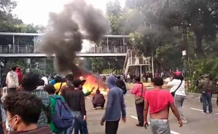 Isi WA Group KAMI Medan, Polri: Buat Skenario 98,
