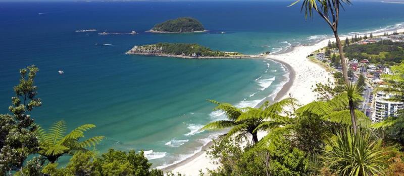 https: img.okezone.com content 2020 10 15 408 2294252 8-pantai-cantik-di-new-zealand-pesonanya-menakjubkan-LGMOx3jYGA.jpg