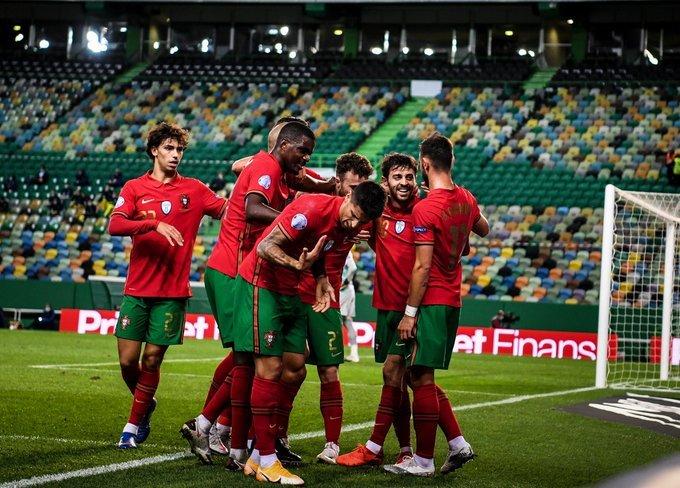 https: img.okezone.com content 2020 10 15 51 2293847 hasil-uefa-nations-league-2020-2021-semalam-portugal-menang-besar-inggris-merana-dGJ0G9nqaJ.jpg