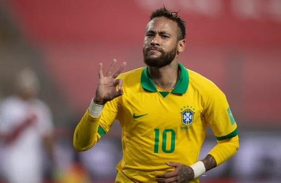 https: img.okezone.com content 2020 10 15 51 2294184 ronaldo-kirim-pesan-menyentuh-usai-neymar-lewati-rekornya-mYsgLxPRtU.jpg