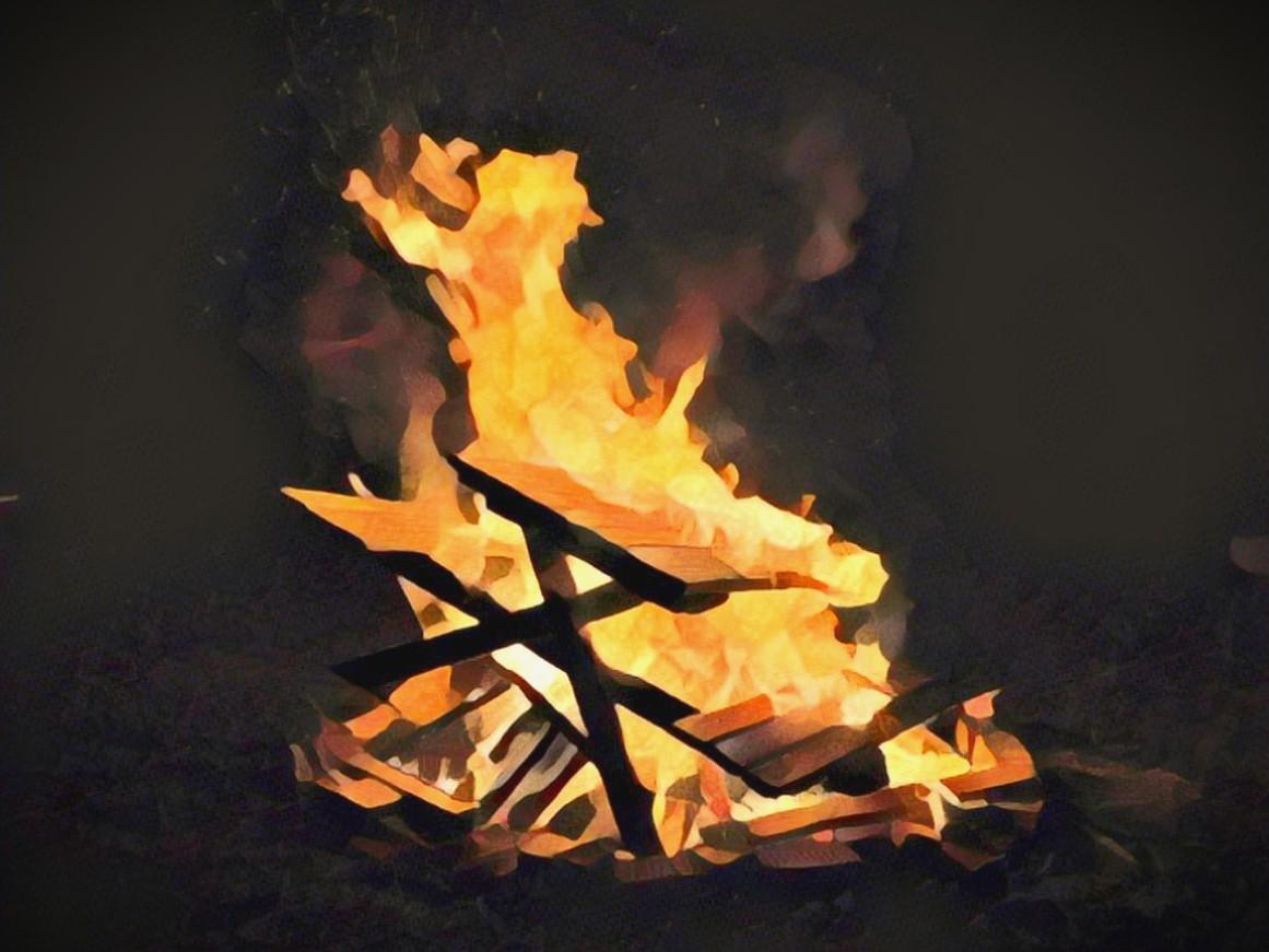 https: img.okezone.com content 2020 10 15 510 2294349 rumah-sakit-terbakar-karena-korsleting-listrik-pasien-kocar-kacir-7ihmpKYjoN.jpg