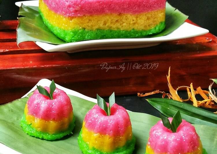 https: img.okezone.com content 2020 10 16 301 2294764 hari-pangan-ini-deretan-kuliner-khas-indonesia-berbahan-dasar-beras-Cc97utqCGS.jpg