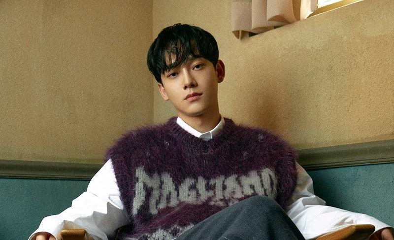 https: img.okezone.com content 2020 10 16 33 2294581 tulis-surat-untuk-fans-chanyeol-exo-umumkan-pergi-wamil-akhir-oktober-zXws5AHggp.jpg