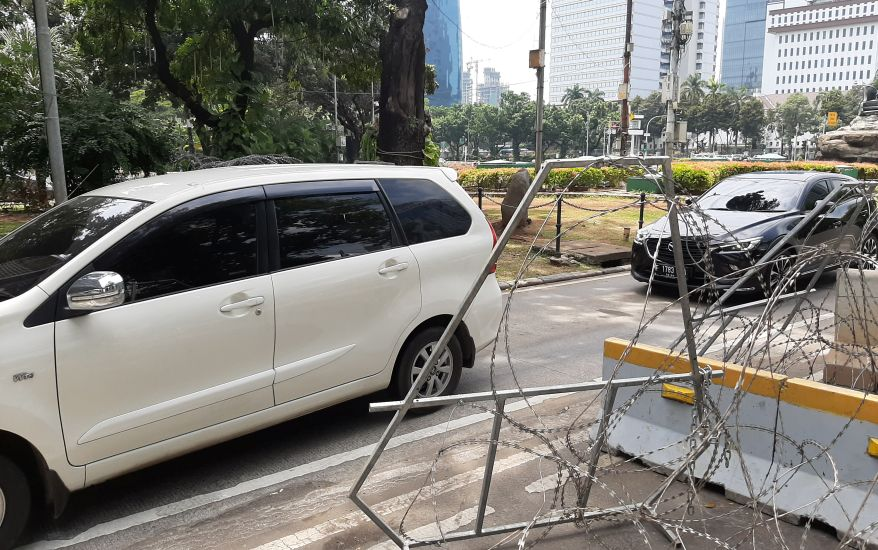 https: img.okezone.com content 2020 10 16 338 2294556 demo-bem-seluruh-indonesia-simak-rekayasa-lalu-lintas-sekitar-istana-0PijmUNVNX.jpg