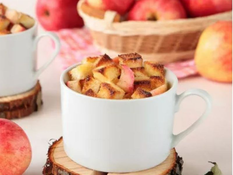 https: img.okezone.com content 2020 10 17 298 2295324 bikin-cemilan-weekend-yuk-masak-apple-bread-pudding-saja-z1aSZ3KZiL.jpg
