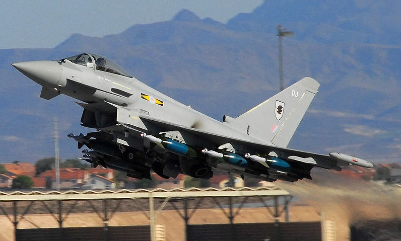https: img.okezone.com content 2020 10 17 337 2295113 menilik-kecanggihan-eurofighter-typhoon-jet-tempur-perang-libya-idaman-prabowo-MV5lT8Tzt6.jpg