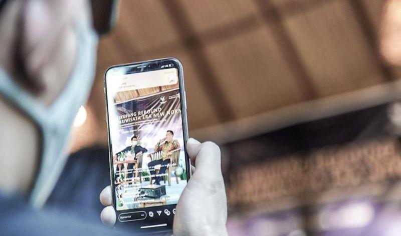 https: img.okezone.com content 2020 10 18 406 2295528 zaman-serba-digital-umkm-butuh-pelatihan-fotografi-dan-ilustrasi-MZ10iccb3l.jpg