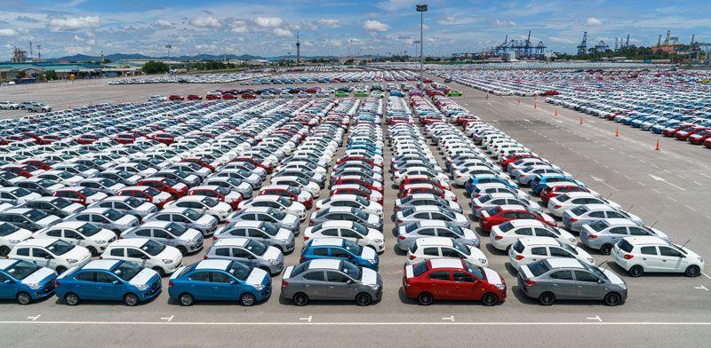 https: img.okezone.com content 2020 10 18 52 2295391 produk-otomotif-diakui-dunia-ri-ekspor-kendaraan-cbu-ke-80-negara-A4rVEfjNpy.jpg