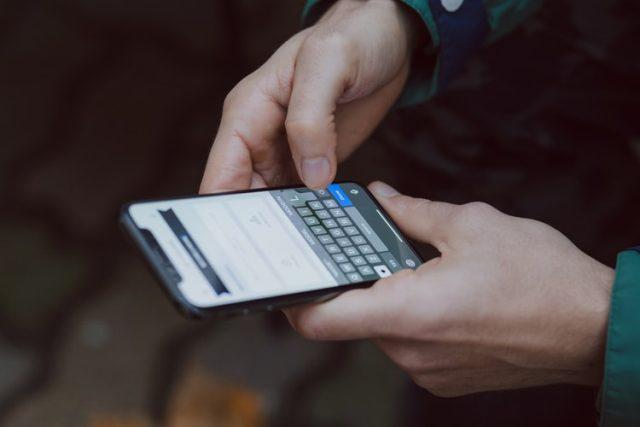 Cara praktis merawat layar sentuh ponsel agar tidak mudah rusak: Okezone Techno - polressidrap.com
