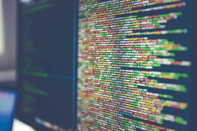 https: img.okezone.com content 2020 10 19 16 2295966 mengenal-4-prinsip-kerja-algoritma-dalam-dunia-komputerisasi-t2iDh14ne1.jpg