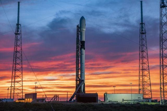 https: img.okezone.com content 2020 10 19 16 2296012 rusia-kembangkan-roket-mirip-falcon-9-yang-dapat-digunakan-lagi-mmJ1K5VOZB.jpg