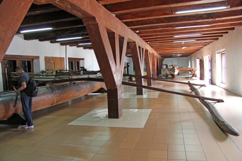 https: img.okezone.com content 2020 10 19 408 2296064 museum-bahari-jakarta-kembali-dibuka-lihat-aneka-koleksi-unik-sejarah-maritim-TJ3JVTUZUL.jpg