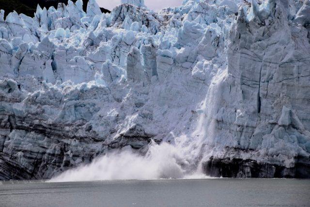 Ilmuwan Peringatkan Potensi Mega-Tsunami di Alaska