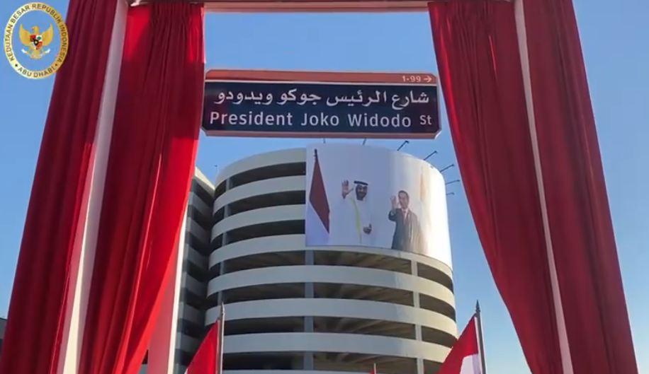 https: img.okezone.com content 2020 10 20 337 2296517 uea-resmikan-nama-jalan-presiden-jokowi-dpr-mempererat-hubungan-kedua-negara-IX43qEQukX.JPG