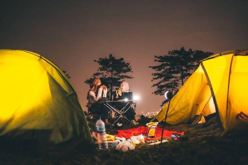 https: img.okezone.com content 2020 10 20 408 2296762 berencana-ambil-cuti-bersama-akhir-bulan-ini-5-wisata-puncak-yang-lagi-hits-RHQoZWAJki.jpg
