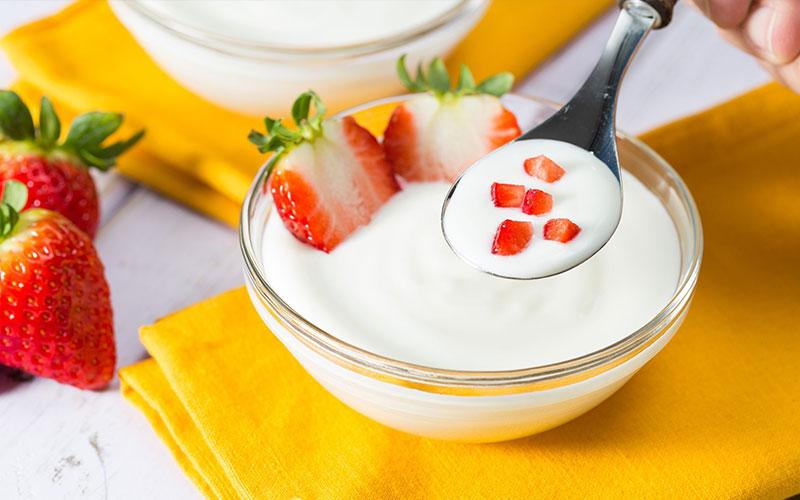 https: img.okezone.com content 2020 10 20 481 2296674 5-makanan-kaya-vitamin-d-sudahkah-anda-mengonsumsinya-hari-ini-h05dulYXP1.jpg