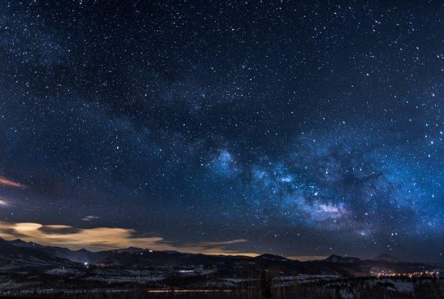 https: img.okezone.com content 2020 10 21 16 2296933 alquran-dan-sains-buktikan-langit-dipenuhi-pintu-pintu-KD3XLnovQZ.jpg