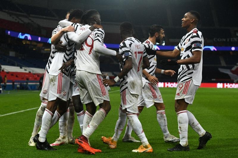 https: img.okezone.com content 2020 10 21 261 2296941 hasil-liga-champions-semalam-man-united-atasi-psg-barcelona-dan-juventus-menang-6rg8RJT7r3.jpg
