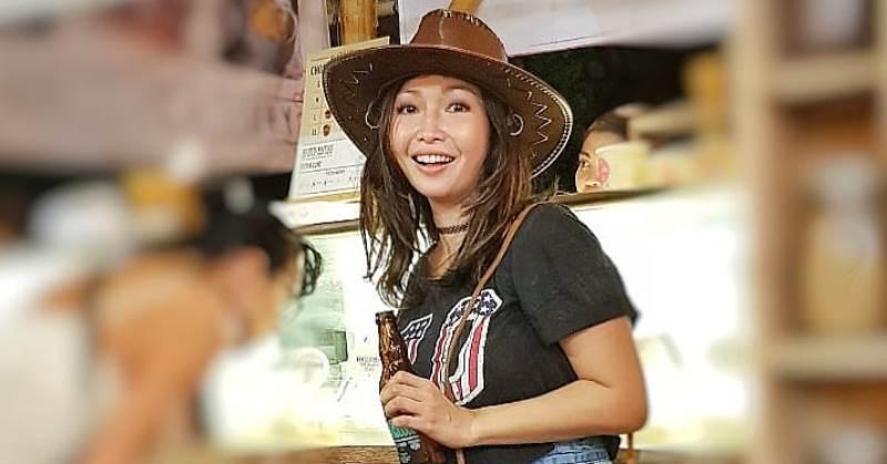 https: img.okezone.com content 2020 10 22 33 2297915 telepon-daniel-mananta-bikin-chef-marinka-bangkit-usai-putus-cinta-cGiLN0OTZU.jpg
