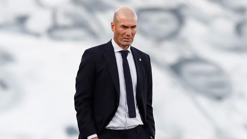 https: img.okezone.com content 2020 10 22 46 2298011 kemenangan-atas-barcelona-dapat-selamatkan-karier-zidane-di-madrid-DDbmxdF7CK.jpg