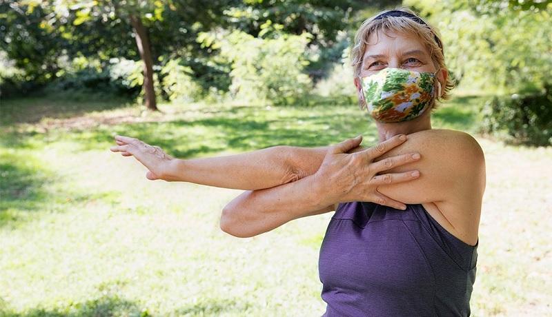 https: img.okezone.com content 2020 10 22 481 2297811 cek-fakta-orang-dengan-osteoporosis-rentan-terinfeksi-covid-19-MDL85zBdz3.jpg