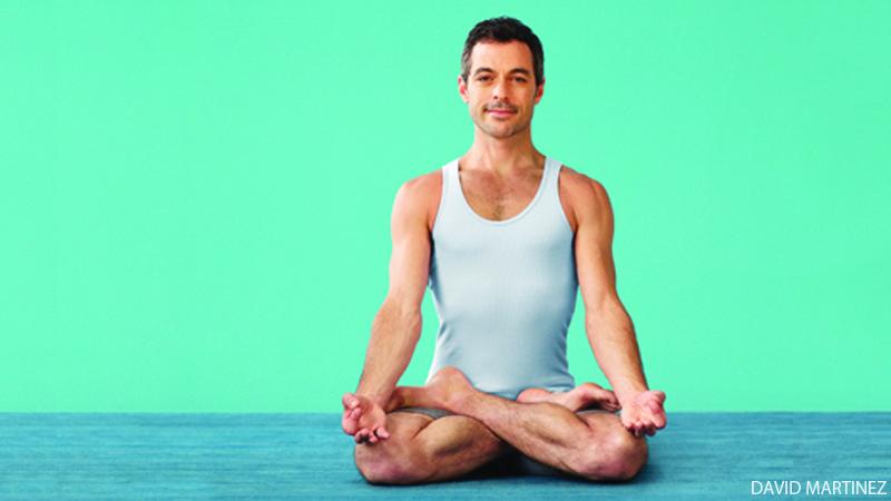 https: img.okezone.com content 2020 10 22 612 2298098 pria-boleh-juga-loh-ikut-yoga-ini-sederet-keuntungannya-BinmSBhZC0.jpg