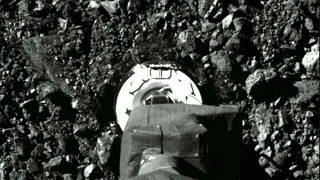 Lihat proses OSIRIS-REx. Ambil sampel dari Asteroi