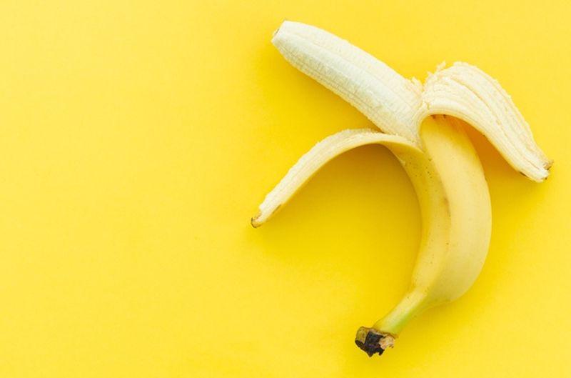 https: img.okezone.com content 2020 10 23 481 2298626 4-manfaat-pisang-untuk-kecantikan-yuk-dicoba-ladies-PqUEOEZ3jz.jpg